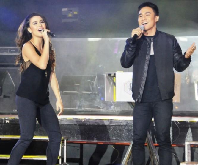 Yassi Pressman and Josh Padilla pldt smart sme nation bozz awards philippines