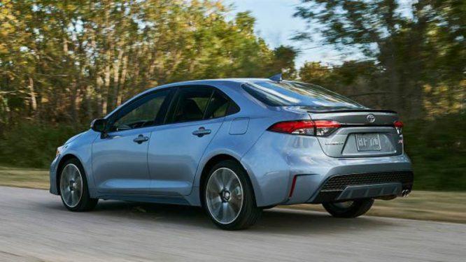 2020-Toyota-Corolla-SE-XSE-TRD-model-photos-design2
