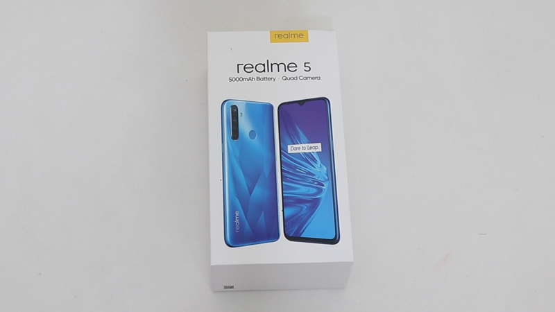 realme 5 unboxing picture 1